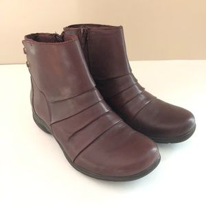 Clarks Women's Burgundy Leather Ankle Boots